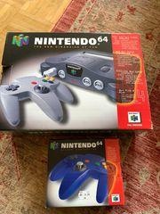 Nintendo 64 Konsole mit 2