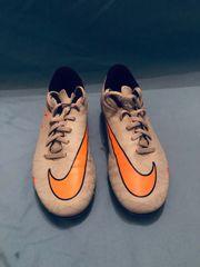 Hypervenom Nike Fußballschuhe