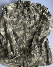 Camouflage hemd bauchtasche