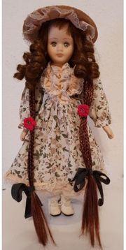 Sammler-Puppe aus Porzellan