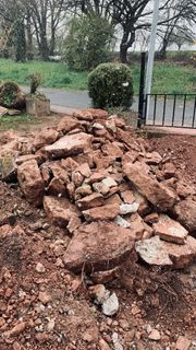 Sandsteine verschiedene Größen kostenlos abzugeben