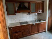 Einbauküche italienisches Holz mit Elektrogeräten