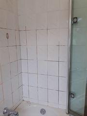 Silikonfugen Fliesenfugen Bad-Dusche Sanierung Silikon