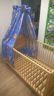 Babybett Holz mit Himmel 140x70