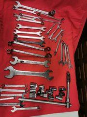 Werkzeug Mausschlüssel und Ähnliches
