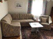 Couch Sessel Beistelltisch Vitrine