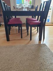 Ikea Tisch mit vier Stühle