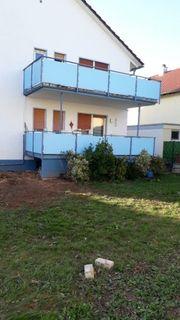 Balkonplatten Halterung und Geländer