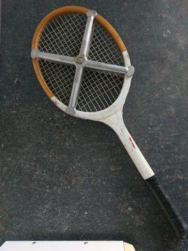 Tennis, Tischtennis, Squash, Badminton - Dunlop Junior Holzennisschläger - Zephyr Klammer
