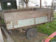 Alter Anhänger Traktor OldtimerTriebachse Scheunenfund
