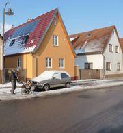 Freistehendes KFW60 Haus teilautark USV