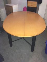 ovaler Tisch, klappbar,