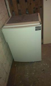 verschenke Einbaukühlschrank
