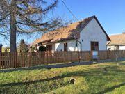 Ungarn: Landhaus mit