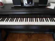 Yamaha Clavinova Klavier elektrisches Klavier
