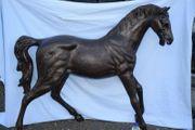 Sehr großes Bronze-Pferd schöne Antikpatina