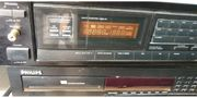 Anlage mit Plattenspieler resiever Kassetenrekorder