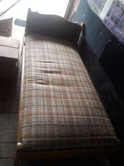 Sofabett mit herausnehmbarer Matratze