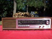 Grundig RF150 Transistor Radio Holz