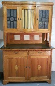 antiker Küchenschrank