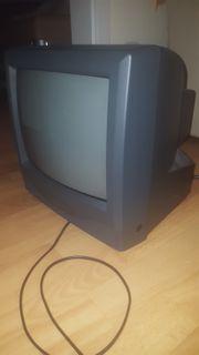 Fernseher und DVD Player