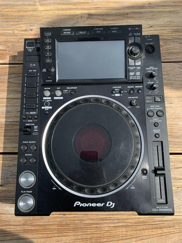 Pioneer CDJ-2000 NXS2 CD MP3