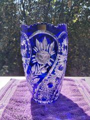 Wunderschöne Bleikristall Vase in blauem