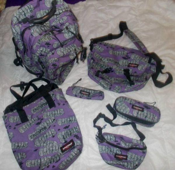 EASTPAK 7-teilig Schulrucksack 4 Taschen