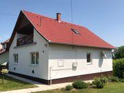 Ungarn: Haus, Einfamilienhaus,