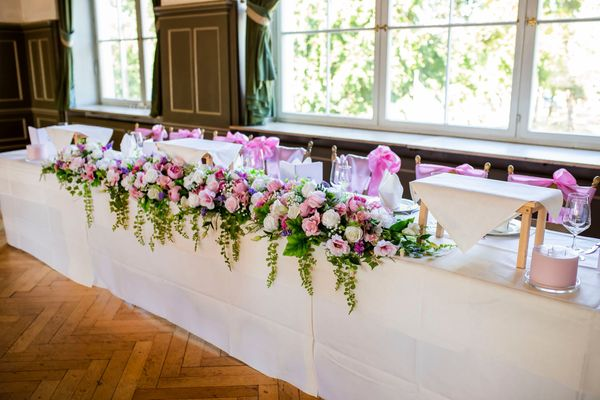 Hochzeit künstliche Blumen Deko