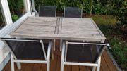 Gartenmöbel Tisch und Stühle