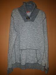 Hoodie Sweatshirt mit Kragen von