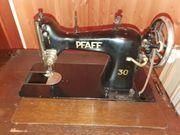 Pfaff Schranknähmaschine