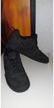Nike Sportschuhe Gr 39