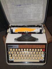 Schreibmaschine Brother Deluxe