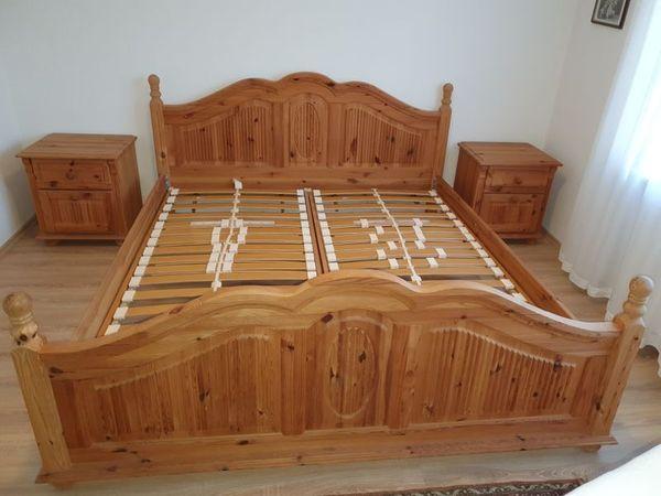 Exklusives Schlafzimmer massiv Kiefer Landhaus
