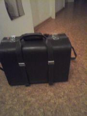 Alter Fotokoffer bzw Koffer b