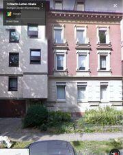 Lichtdurhcflutete Altbau-Wohnung mit 3 separaten