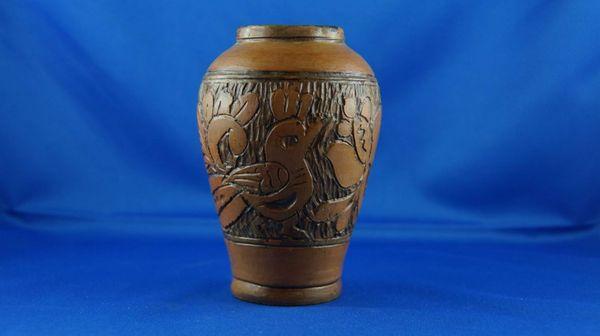 kleine Vase aus Ton
