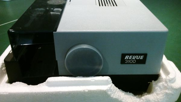 Diaprojektor Revue 3100