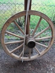 Dachbodenfund Holzrad Kutschenrad