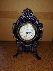 Porzellan Lindner- Uhr handgemahlt