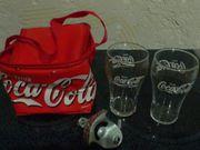 Coca Cola - kleine Kühltasche Wandflaschenöffner