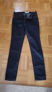 Jeans Hosen und BH günstig