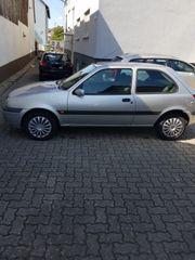 Ford Fiesta mit Klimaanlage TÜV-Neu