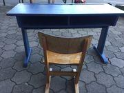 Original Schulbank retro mit Stuhl