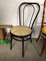 Stuhl aus Metall
