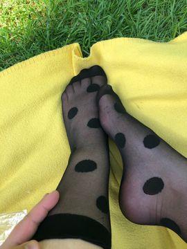 Fetischartikel, Getragene Wäsche - süße Füße duftende Socken Fetisch