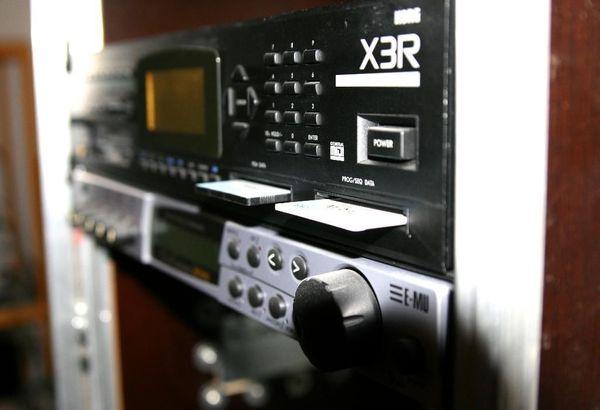 KORG X3R mit zwei Soundkarten