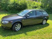 Audi A4 Avant mit AHK